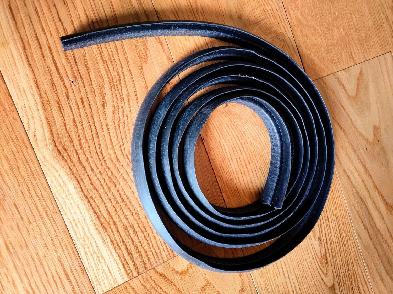 Front Bonnet Seal M530