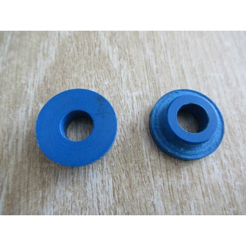 Gearlever Bushes M530 (Pair)