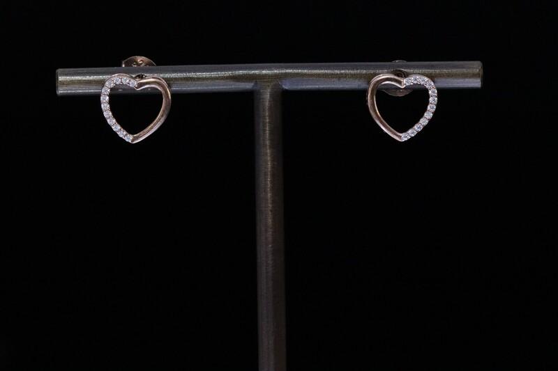 Solitaire Stud Heart Earrings