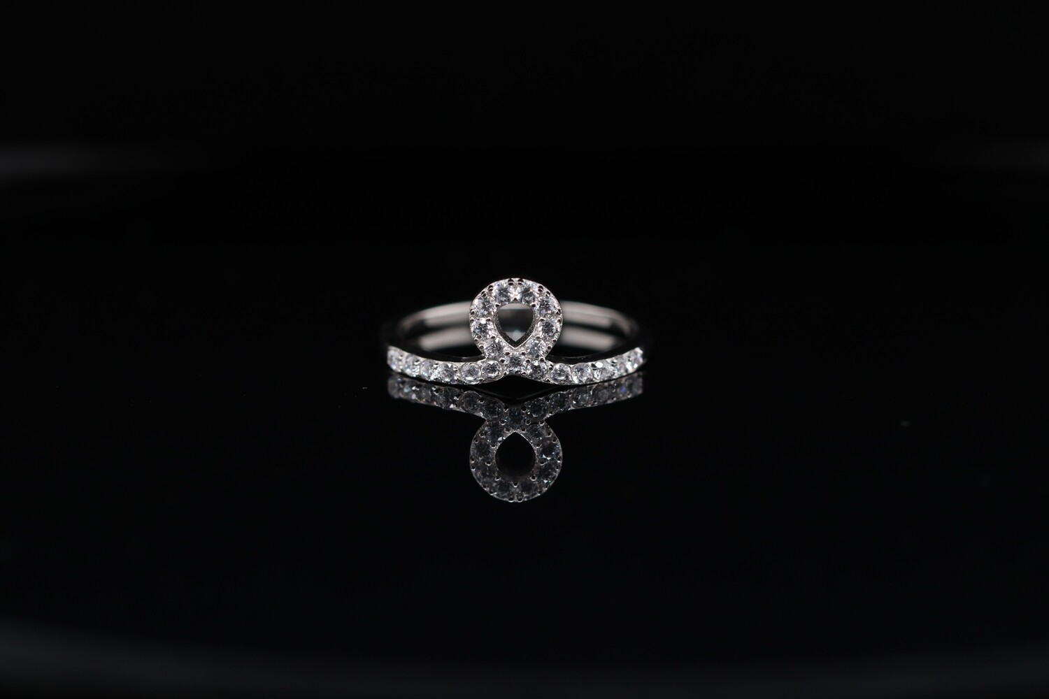Solitaire Crown Ring
