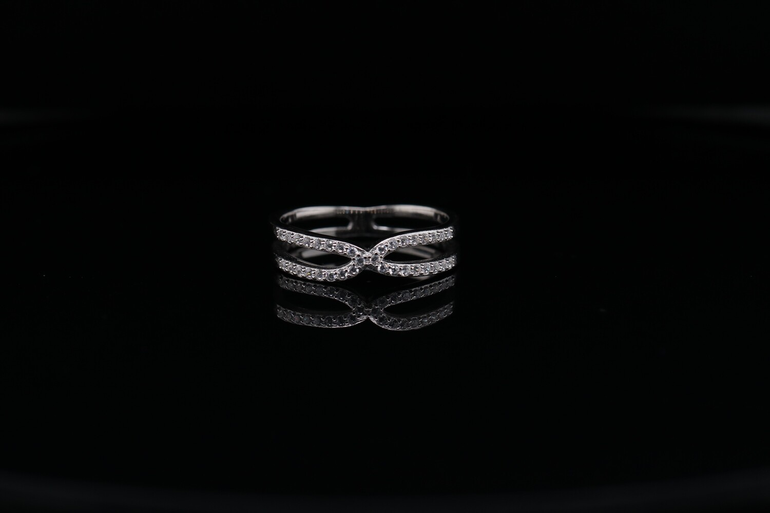 Solitaire X Cross Ring