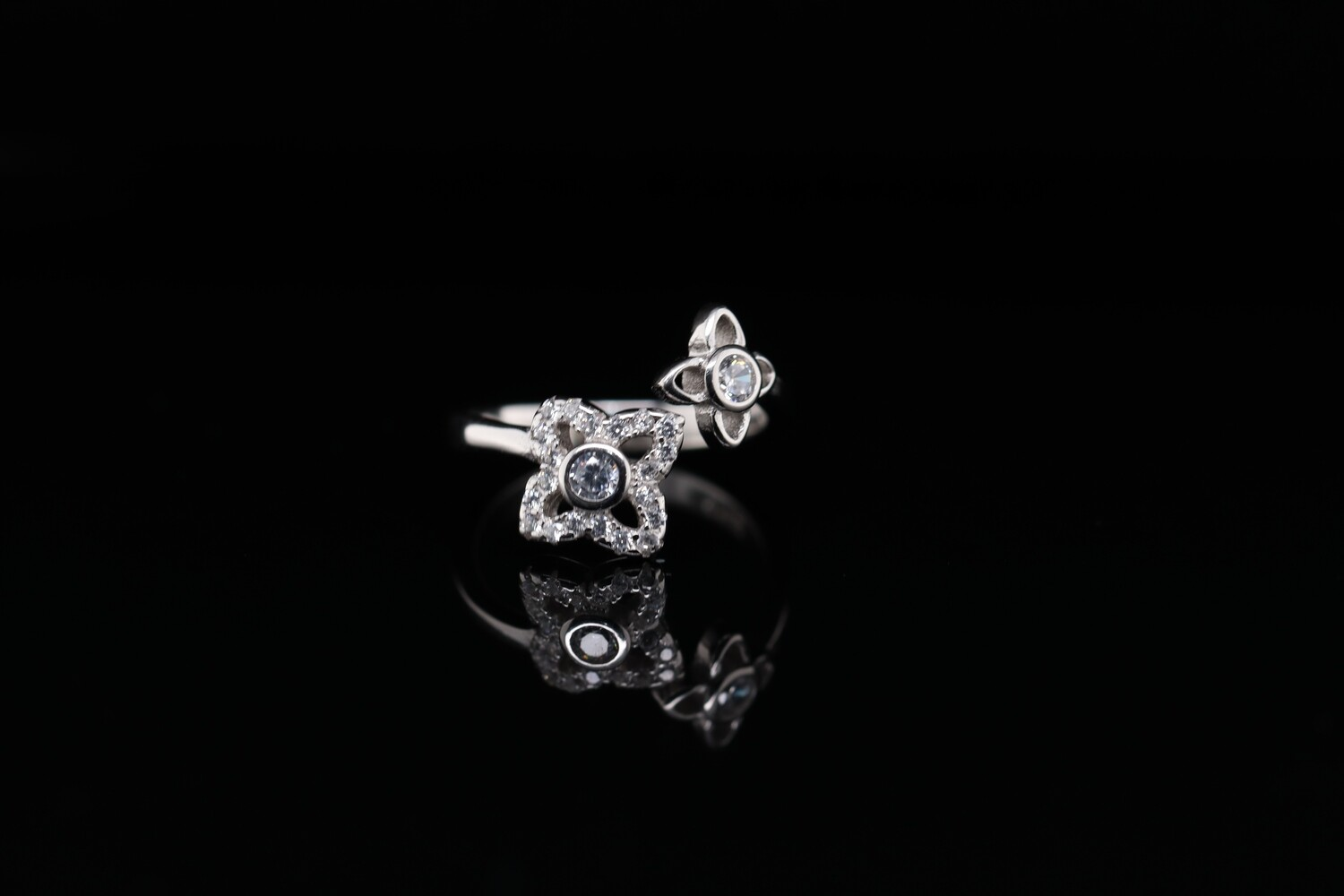 Solitaire Two Sparkling Flowers Ring