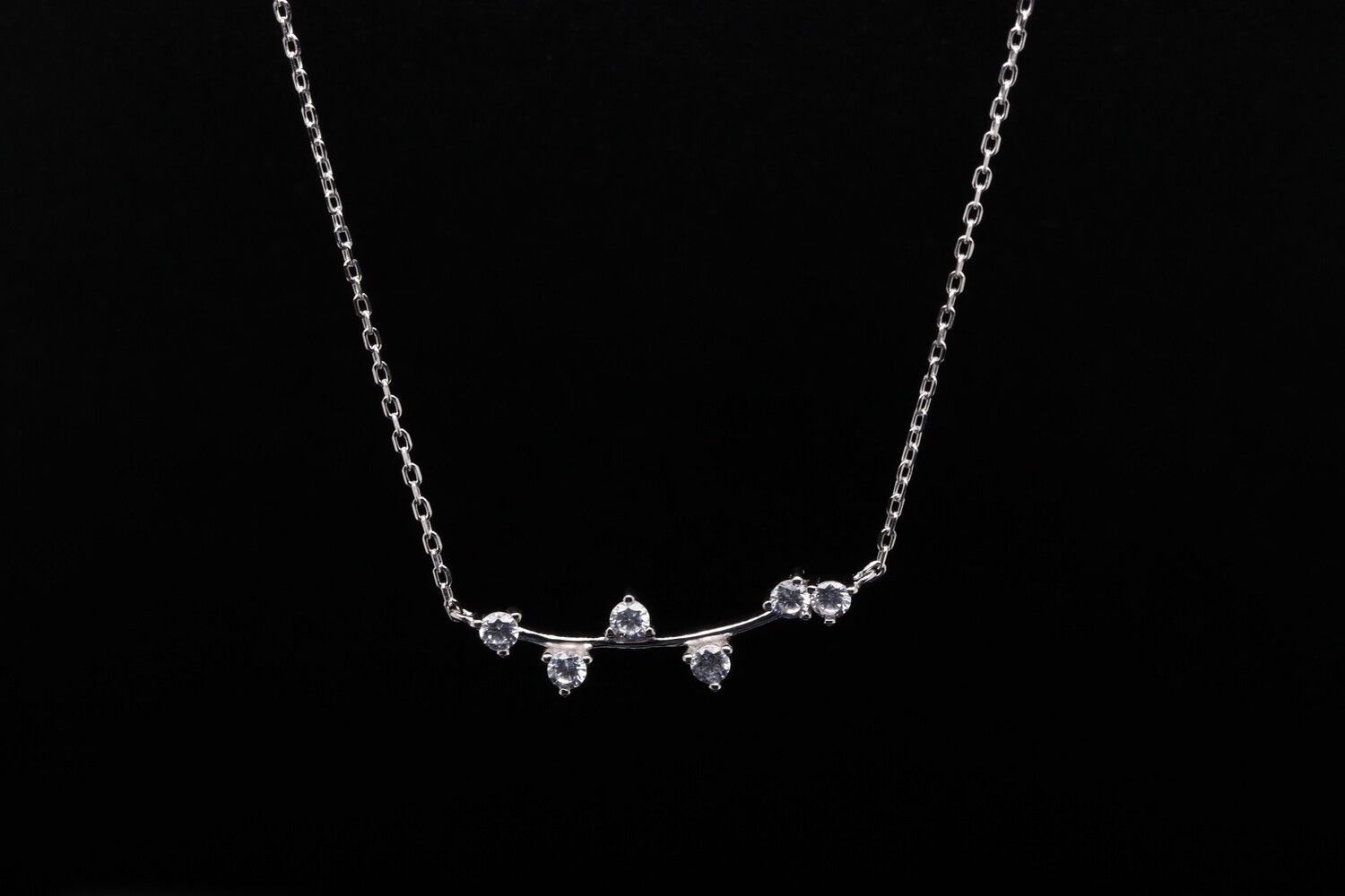 Solitaire Leaf Long Chain