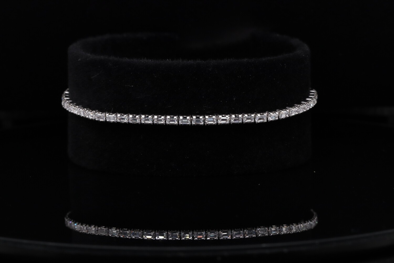 Solitaire Shiny Thin Bracelet