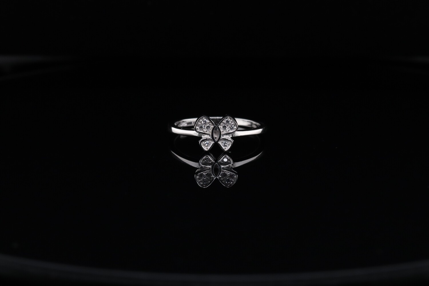 Solitaire Sparkling Butterfly Ring
