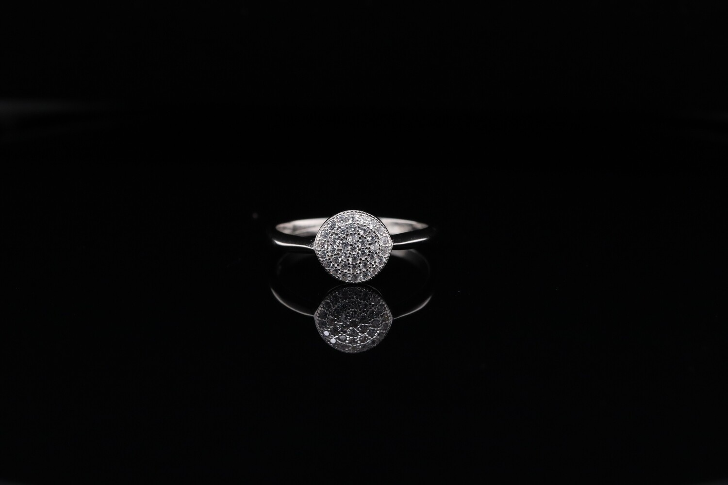 Solitaire Round Small Sparkling Ring