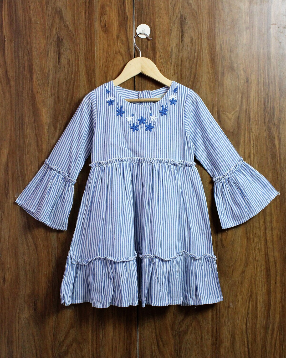 Bell sleeve frocks(4 to 12 Yrs.)