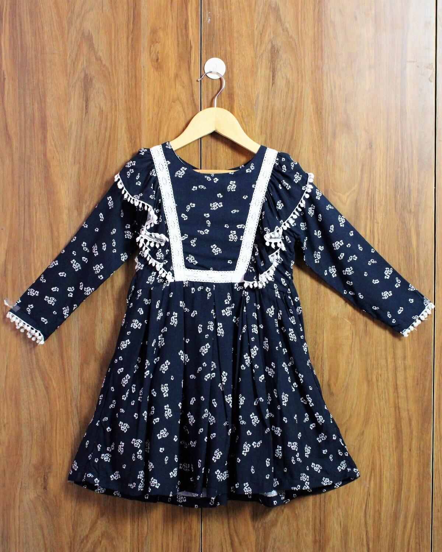 Full sleeve comfort dress