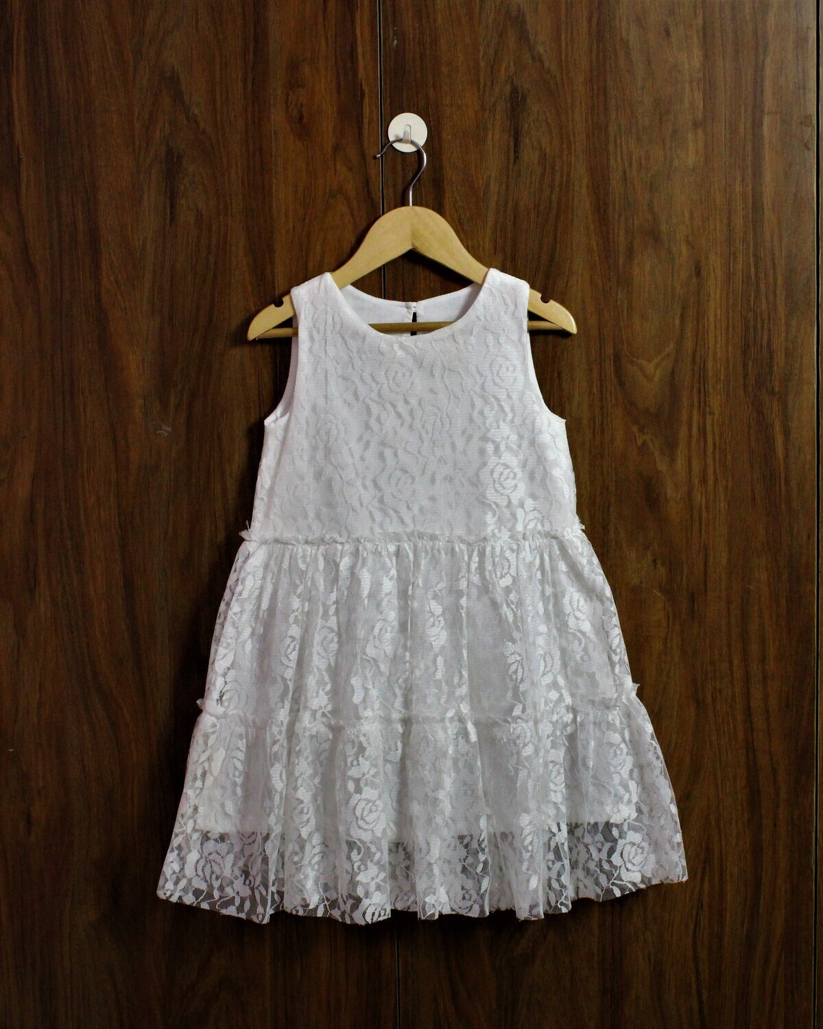 white party frock(2 to 10 Yrs.)