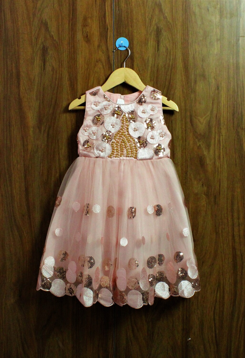 Party frocks with extra comfort(4 to 10 Yrs.)