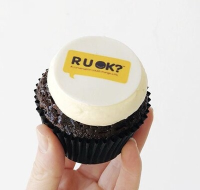 50 Corporate/Logo Cupcakes