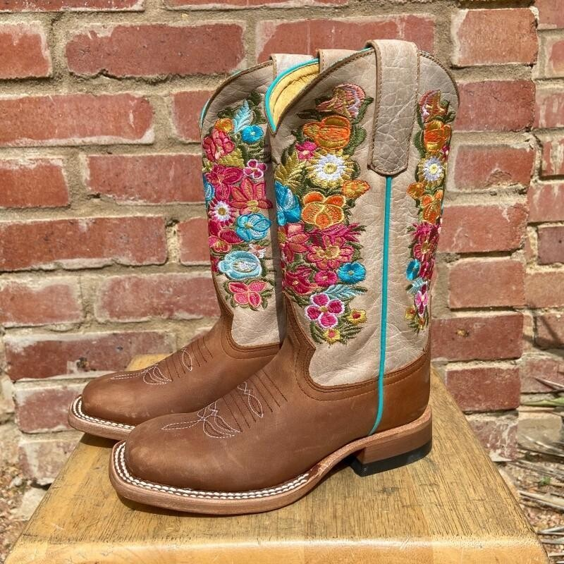 Macie Bean Flower Embroidery Boot
