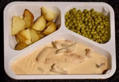 Kipfilet archiduc, erwtjes en nieuwe aardappelen
