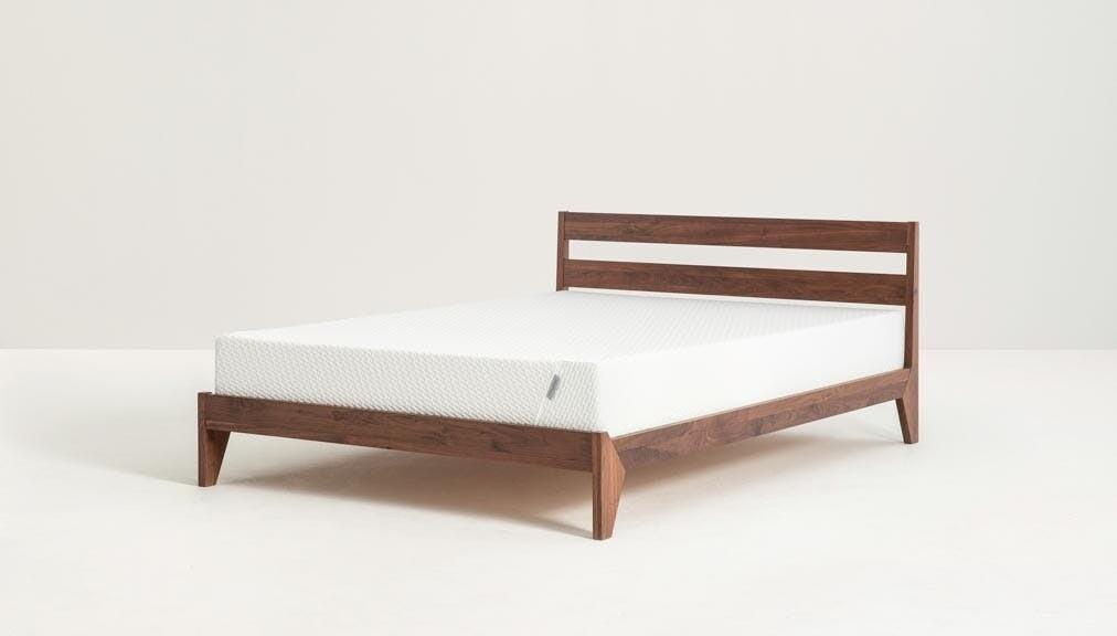 Teak Minimal Bed