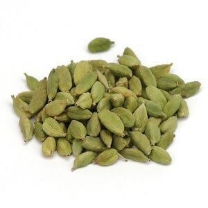 Cardamom Pods, Green