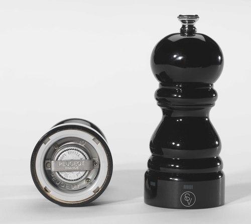 Moulin à sel Paris 12 cm Peugeot en bois noir laqué avec système uSelect