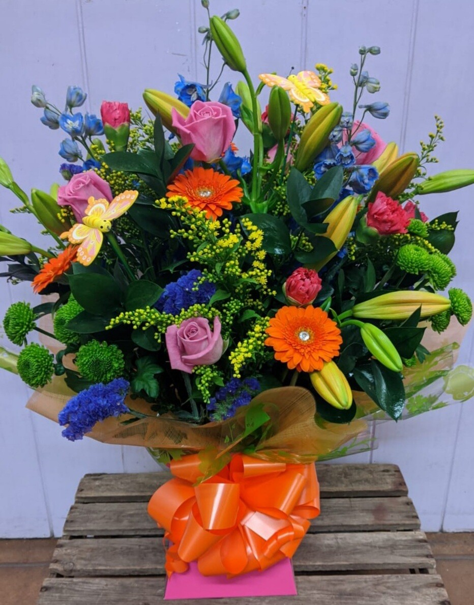 Deluxe Mothers Day Vase  Click to view different styles  *REQUIRES 3 DAYS NOTICE*