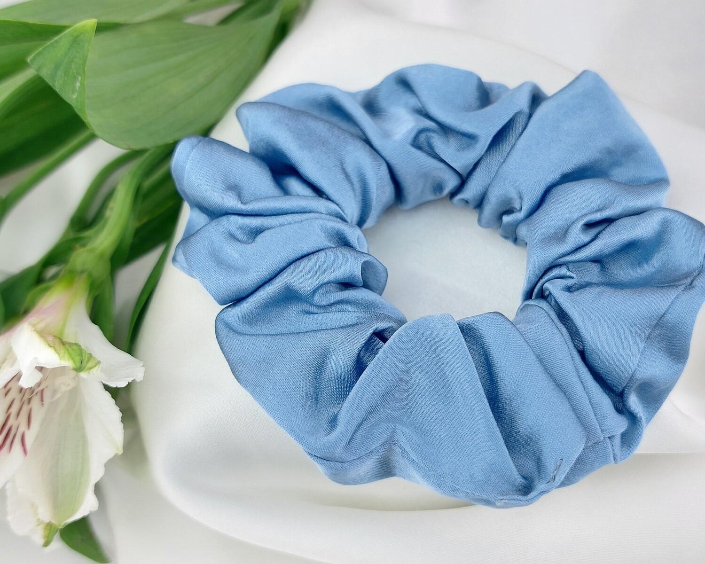 Резинка пышная цвет голубой 2