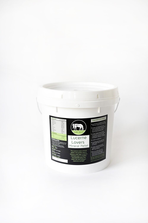 Inside Out Equine Health - Lucerne Lovers Mineral Pellets 5kg