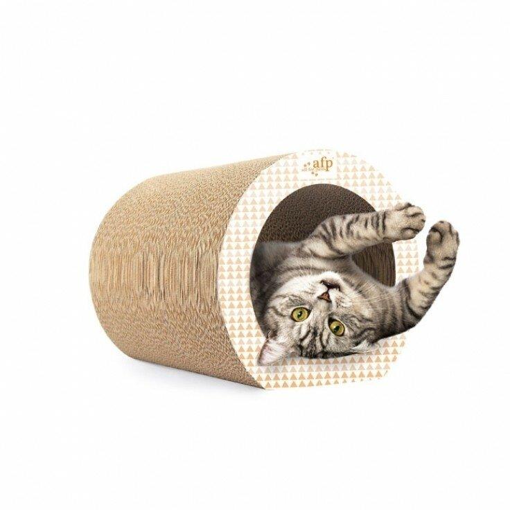CAVE CAT SCRATCHER