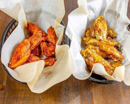 Traditional Wings (14 piece - 2 Flavours)