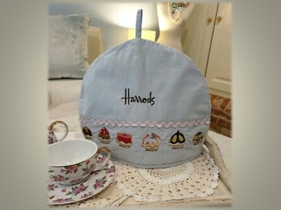 Harrods Tea Cosy  - Classic Cup Cakes Embroidered *FREE SHIPPING