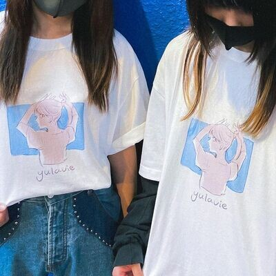 yulavieTシャツ