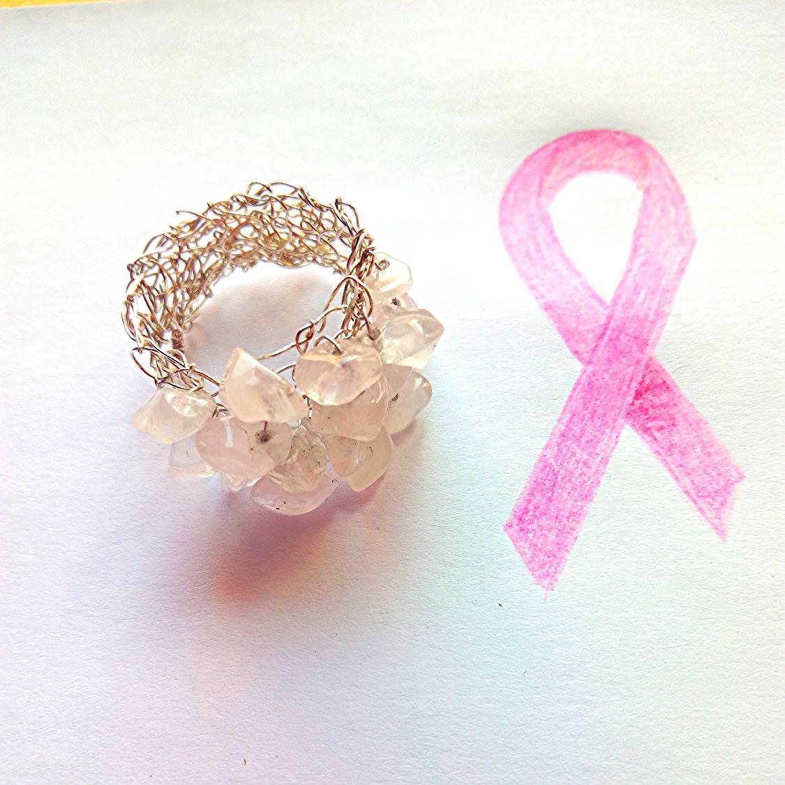 Plata y cuarzo rosa.