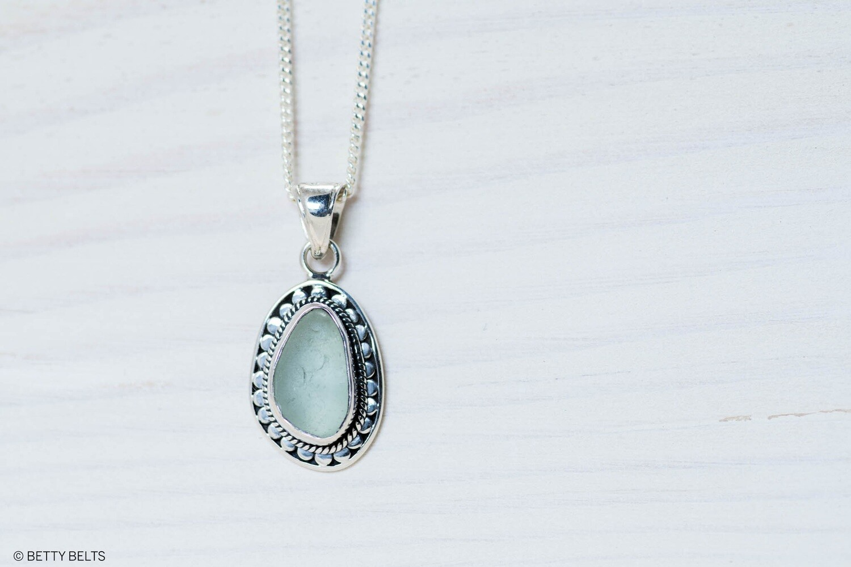 Sea Glass Necklace (CAYDEN MINI)