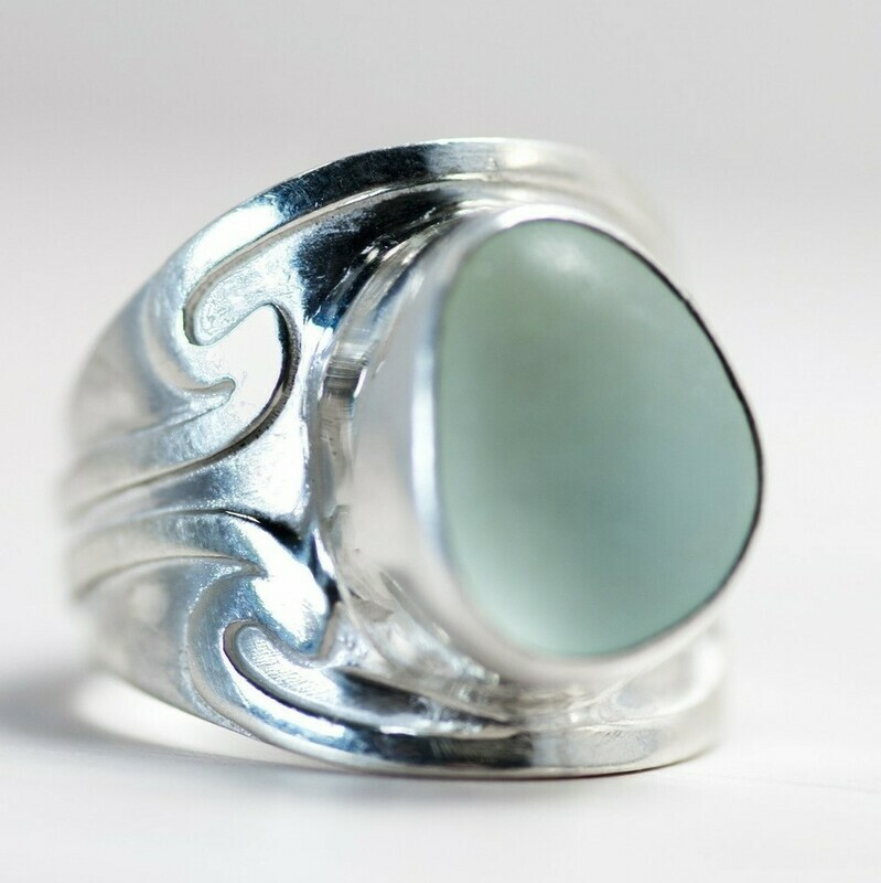 Sea Glass Ring (NEW WAVE)
