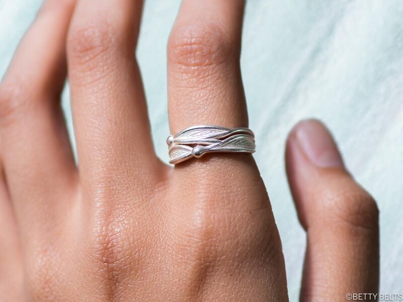 Wavy Kelp Ring