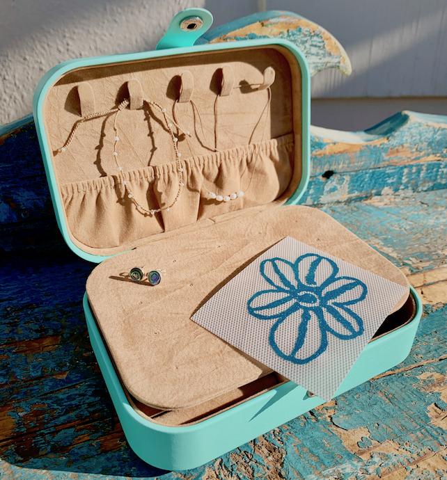 Best of Betty Jewelry Box Gift Set