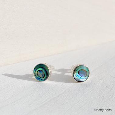 LEYLA Stud Earrings (Abalone Shell/MOP)