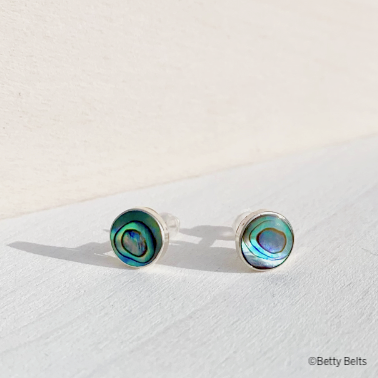 LEYLA Stud Earrings (Abalone Shell/MOP)