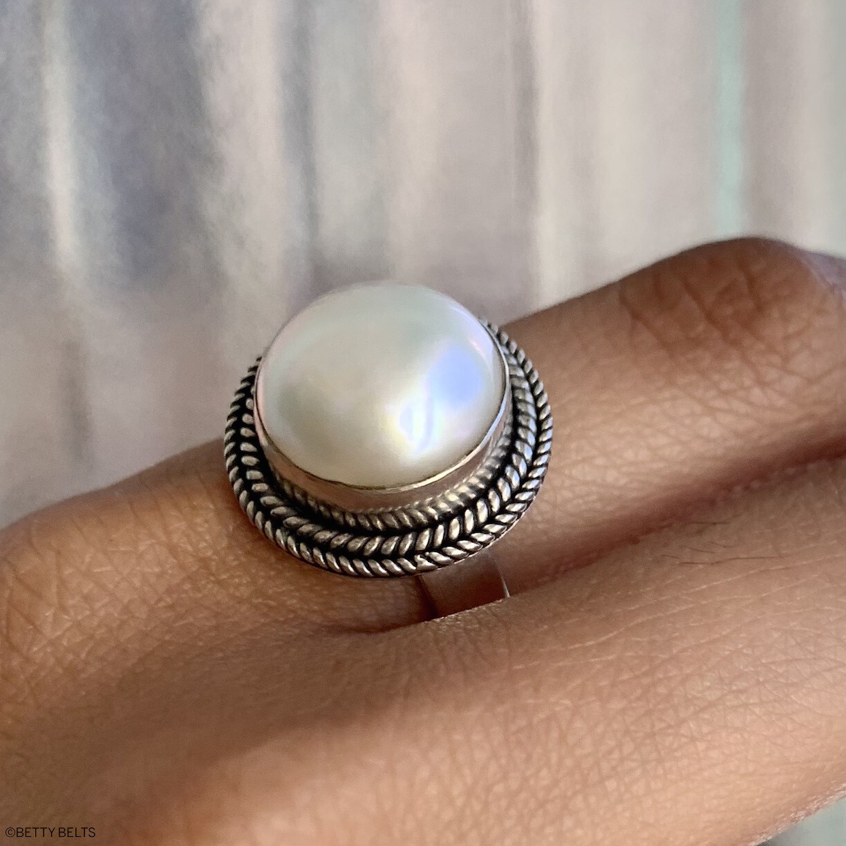 MARGUERITE Pearl Ring