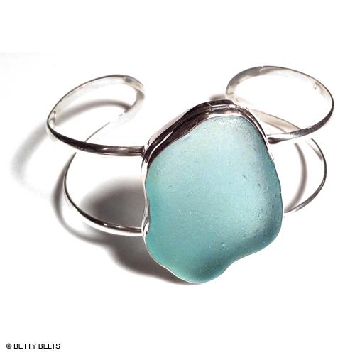 Sea Glass Bracelet (CLASSIC CUFF)