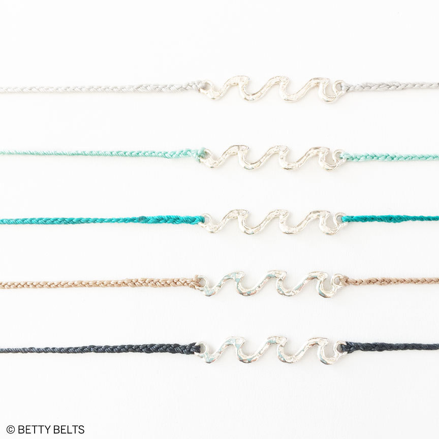 HUI HUI Wave Necklace