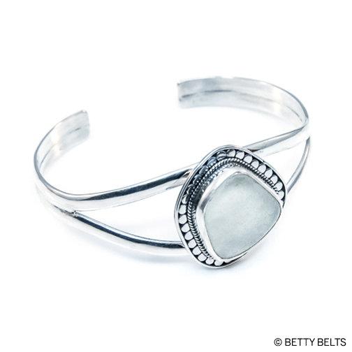 Sea Glass Bracelet (CAYDEN CUFF)