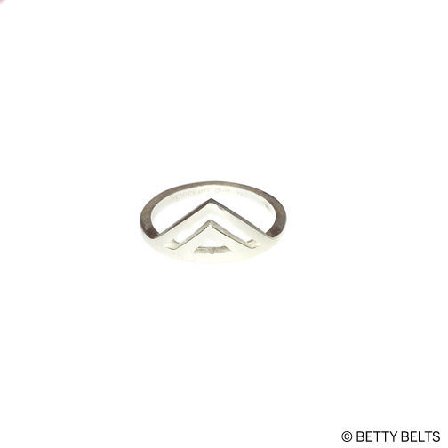 Double Peak Ring