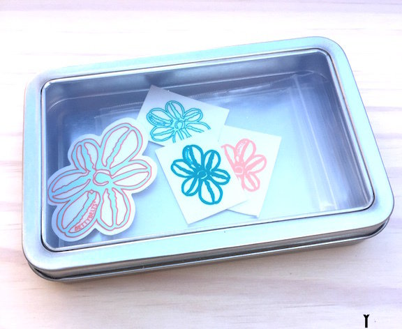 Betty Travel + Gift Tin (with 4 stickers)