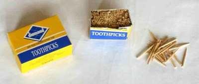 Wood Pegs (aka toothpicks)