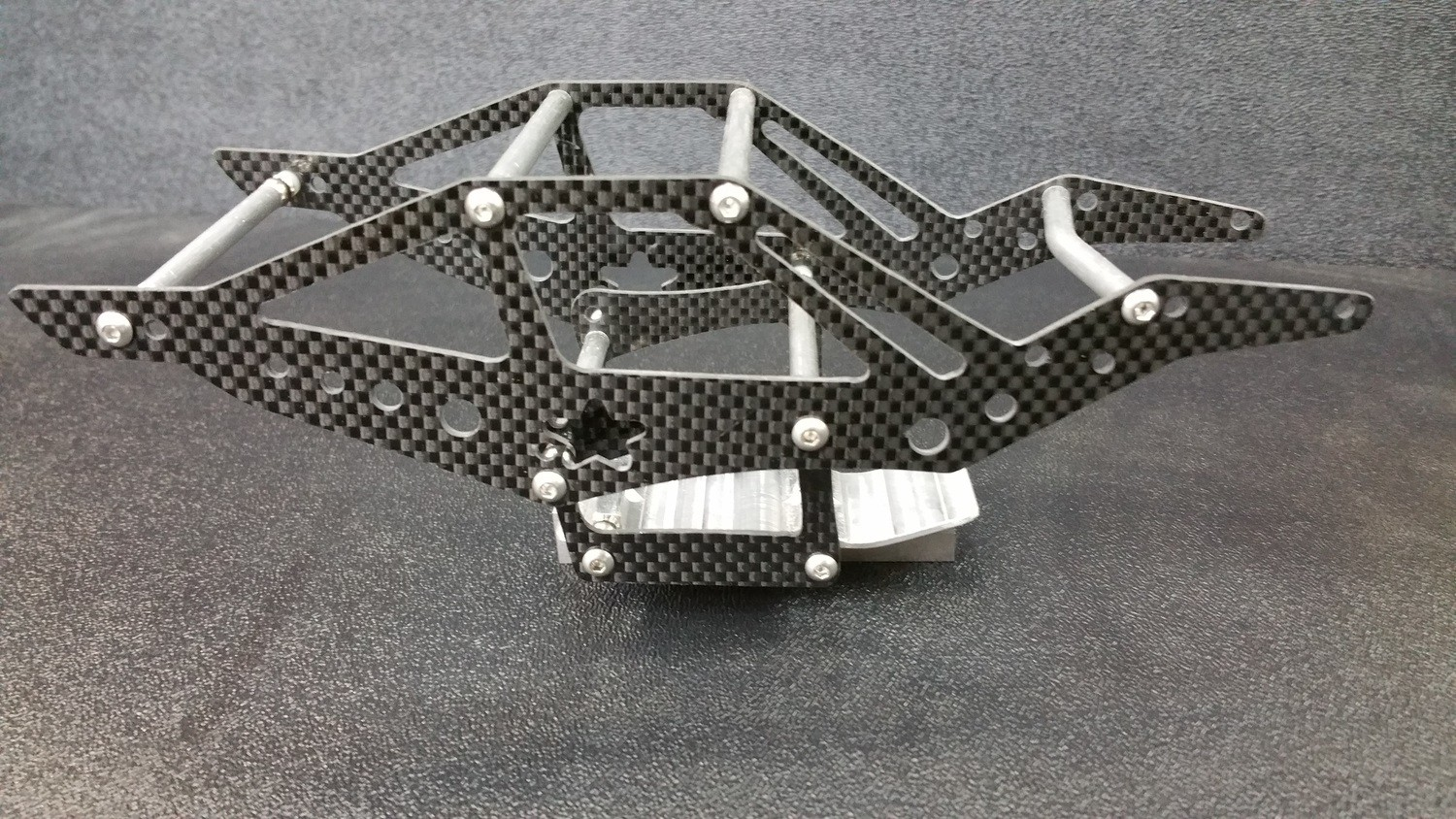 Dlux Bounty Hunter/Mercenary chassis Titanium links