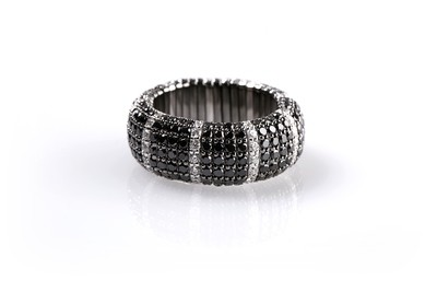 Giotto Black and White Striped Diamond Ring