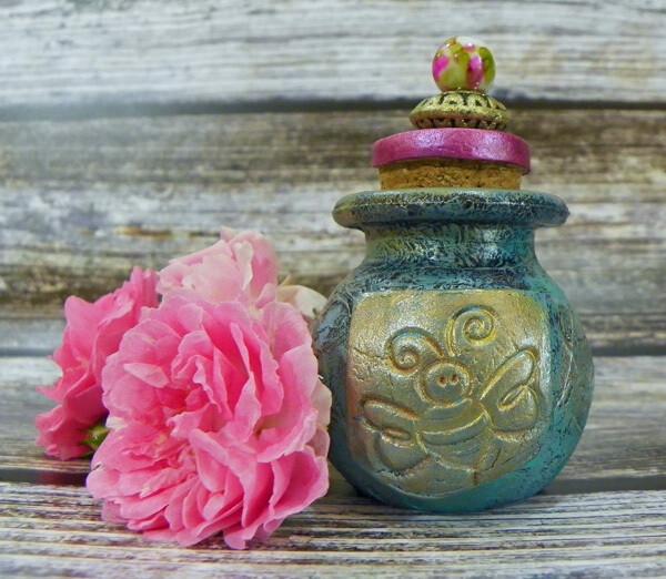 Apothecary Jar Mini-Bee