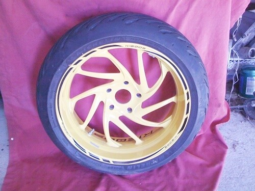 K1200S Rear Wheel with Tyre and sensor (W-R)