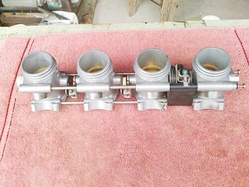 K1200S; K1200R; K1200GT Throttle Bodies. (S-2)