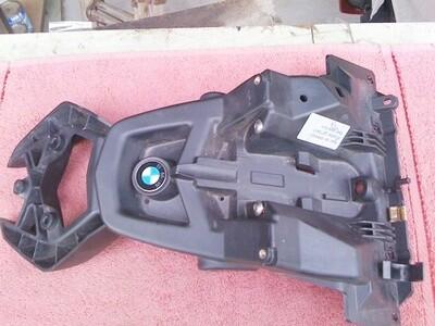 K40-K1200S; K1300S Licence Plate Holder. (W-4)