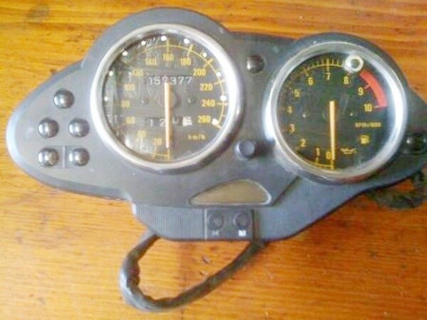 R1100S Gauge Cluster Non ABS (S-26)