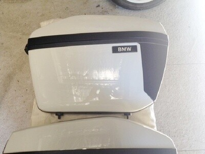 R900RT; R1200RT Police Panniers and Brackets. (R-16)
