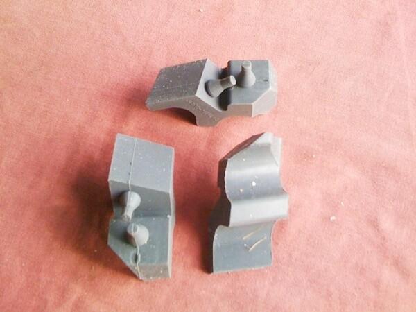 K75; K1008v; K1; K100RS 16v; K1100 Centre Stand/Side Stand Rubber Buffer. (T4-S22)